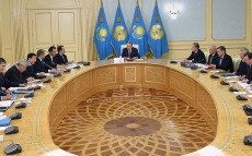 President Nursultan Nazarbayev holds meeting on preparation for International Specialized Exhibition EXPO-2017